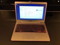 """13.3"""" Samsung NP535 Ultrabook with 8GB RAM, without HDD or SSD"""