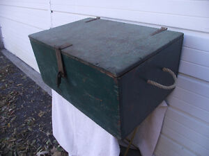 Vintage Plywood Rope Handle Storage Box with Lock and Key