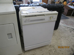 lave vaisselle Hotpoint reconditionner 200