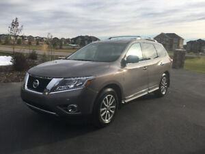 2014 Nissan Pathfinder SL SUV Priced to sell!