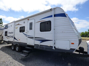 2013 Heartland Prowler 27ft with Bunks
