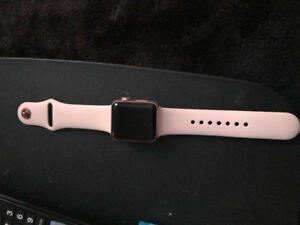 Series 2 38mm Rose Gold Apple Watch! -Gently used