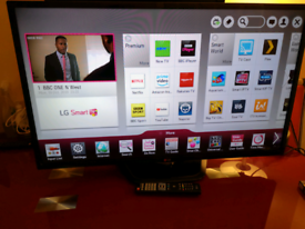 "42"" smart led TV with remote control"