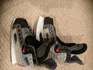Skates size 2