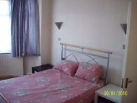 2 BED FLAT: EASTERN AVE GANTS HILLS IG4 5AA- ALL BILLS INCLUIVE