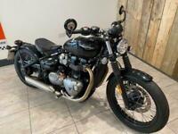 2017 Triumph Bonneville BOBBER 1200 BLACK MOTORCYCLE Petrol Manual