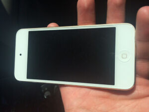 iPod Touch $100 obo