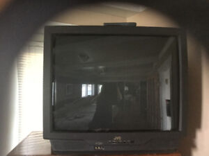 36 INCH JVC TV, EXCELLENT CONDITION WITH REMOTE