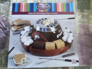 NEW IN BOX ELECTRIC SMORES MAKER - NICE GIFT