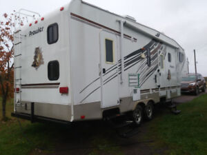 2009 fifth wheel prowler