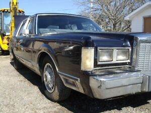 1985 Lincoln for parts Ford