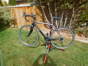 Specialized Tricross Hybrid Bicycle
