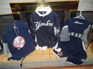 NY Yankees  Fans Clothes