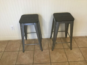 2 counter height stools. Like new