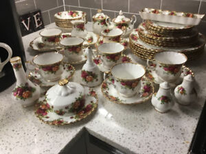 MOSTLY ORIGINAL(stamped) 1962 OLD COUNTRY RED ROSES CHINA