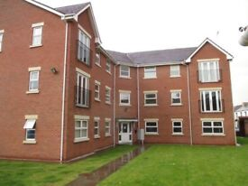 1 bed fully furnished top floor apartment in excellent location, secure and close to many amenities