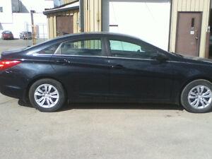 Clean 2011 Hyundai!