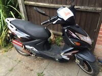 Lifan S-Ray 50cc running spares or repairs parts 2012 moped scooter tlc project