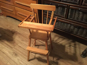 Vintage wooden play baby doll high chair Kingston Kingston Area image 3