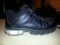 AMAZING CSA APPROVED STEEL TOE WORK SHOES SIZE 8.5 MINT!!!!!!!!!