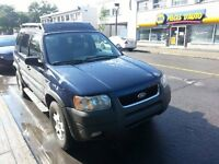 2004 Ford Escape vus 4x4 xlt 4700$ negociable