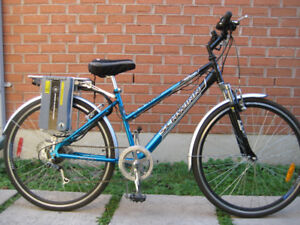 27''e- bikeSCHWINN WITH 7 SPEED IN NEW CONDITUION