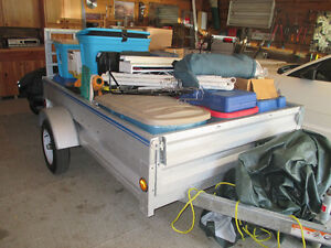 STIRLING UTILITY TRAILER WITH REAR RAMP
