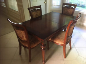 High End Solid Wood Dinning Table + 4 Chairs - $750