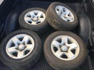 4 x 235/60R16 Extra Load All Season Tires