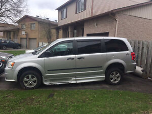 Dodge Grand Caravan 2011 transport adapté
