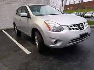 2012 NISSAN ROGUE S ALMOST MINT CONDITION