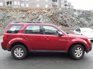 2009 Mazda Tribute SUV, Crossover