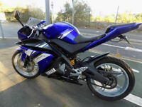 Yamaha YZFR125 Supersport learner legal Blue/white race replica 2012 £99 deposit