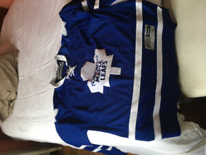 Maple Leafs Jersey brand new