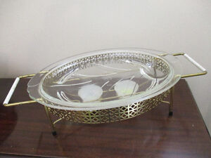 Pyrex Meat Platter with Warming Stand Kitchener / Waterloo Kitchener Area image 1