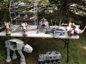FS:Large lot Star Wars ships, vehicles, AT-AT, AT-TE, Tank etc.