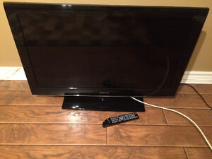 "Samsung Colour 39"" TV"