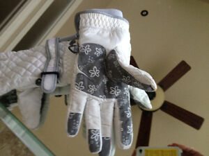 Columbia woman  gloves with inserts medium