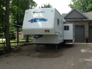 2001 SUNNYBROOK Fifth Wheel