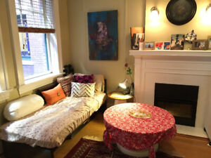 Charming and clean 1 BR apartment near downtown-all bills incld!