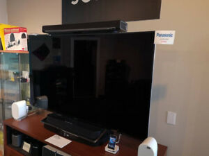 Panasonic TC-65DX900 4K Television - GREAT DEAL