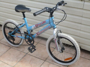 Velo roues 18 po - SUPERCYCLE FLYGIRL