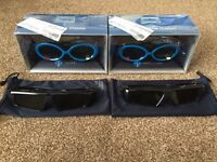 Samsung 3D glasses & blue ray DVD player