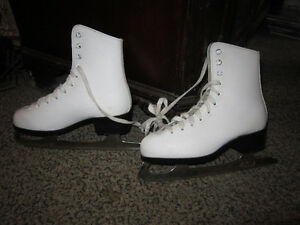 Girls CCM Figure Skates Size 2 For Sale