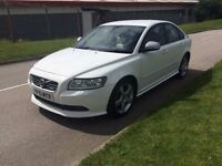 2010 Volvo S40 1.6D DRIVe R DESIGN d2 4dr WHITE**TWO OWNER**HIGH MOTORWAY MILES**FSH**WHITE R DESIGN