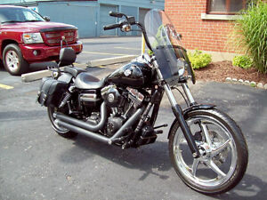 "Harley Davidson 2011""Very Cool"" Dyna Wideglide Exc. Condition"