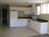 NEWER 2 Bedroom Daylight SUITE in Brock BRIGHT Clean. No laundry
