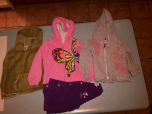 Girls sweaters size 3/4