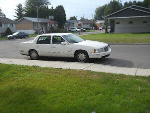 1999 Cadillac DeVille Familiale