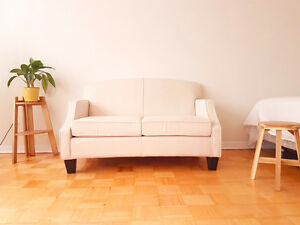 Brand NEW Leon's loveseat couch
